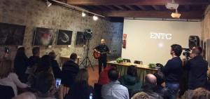 Manuel Menendez cierra el evento